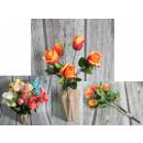 A rózsacsokor 5 virágot kever össze 33 cm-rel