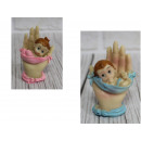 wholesale Figures & Sculptures: Figure baby boy, girl 7 cm in hand -