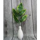 wholesale Artificial Flowers: Twig longitudinal leaves bright tip 35x25 cm