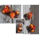 Un ramoscello, un copricapo decorativo di zucche a