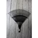 Raking metal garden - the fan end 39x39
