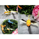 wholesale Jewelry & Watches: Bird with feathers on a clip, 15x10 cm