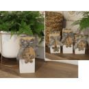Candeliere in legno per t-light con un arco e un f