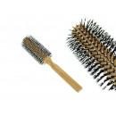 Spazzola per capelli con manico in legno rotondo 2