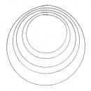 Metalowe pierścienie z karbowanego metalu,