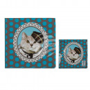 Brown paper napkins with blue dots, cat