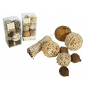 Bolas decorativas, de color beige y marrón ordenad