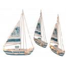 Holz-Segelschiff mit 16 warmweißen LED