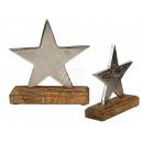Gwiazda metalowa na drewnianym stojaku, ok. 18 x 1