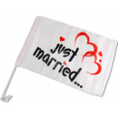 Car flags Just Married