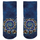 Motif socks blue white cats spiral
