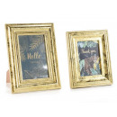 wholesale Pictures & Frames: Wholesalers for gold wood photo frames
