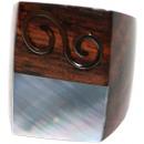 ingrosso Gioielli & Orologi: Anello in legno e  metallo Sono con la perla