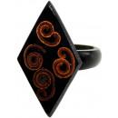 ingrosso Gioielli & Orologi: Ordinati anello in  resina e cannella, le dimension