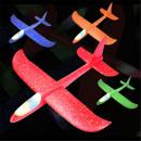 Großhandel Spielwaren: LED Wurfgleiter Kinder Wurf Segelflugzeug 36cm