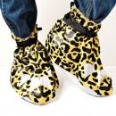 Los zapatos de leopardo evento de masas