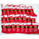 Kalender aus Filzstiefeln mit Fellrand