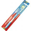 Cepillo de dientes Colgate limpia extra