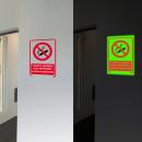 grossiste Jouets: Phosphorescent smoking sign off format 20 cm x 15