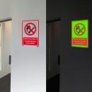 Indicador de humo fosforescente y llama prohibida.