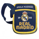 wholesale Bags & Travel accessories: Real Madrid shoulder bag 17x20cm