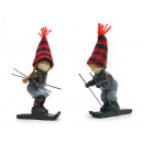 Winter kids on skis made of poly, 4x10x14cm