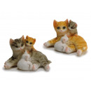 Cat family made of poly, 10x7x6cm