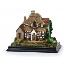 wholesale Fashion & Apparel: House in poly on base, 32 cm