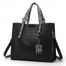 Großhandel Handtaschen: Schwarze Lederhandtasche T194CZ