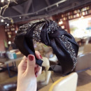 Turban headband made of material with graphite cry