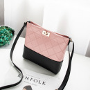wholesale Bags & Travel accessories: Mini shoulder bag pink T218R