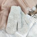 wholesale Gloves: CUTE GLOVES FLOWERS AND GRAY BAGS REK134