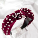 wholesale Drugstore & Beauty: Turban headband made of velvet with maroon pearls