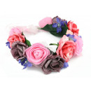 A wreath of delicate roses W52