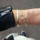 Set of 4in1 bracelets gold arrow crystal B