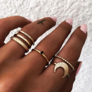 A set of 6 PE43 gold rings