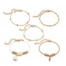 Set aus 5in1 Gold Armbändern, Muscheln und Perlen