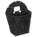 runder Korb hängt schwarz