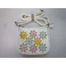 Großhandel Handtaschen: Umhängetasche weiß mit bunten 3D-Blumen B-Ware