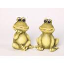 Frog, sitting tall