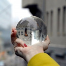 wholesale Consumer Electronics:Glass ball of a picture