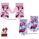 Children's gloves are Disney Minnie