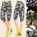 C1706 LOOSE PANTS,  short, FLOWERS, 1/2 longueur