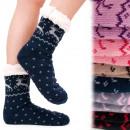 grossiste Chaussures: 4205 chaussettes  d'hiver, pantoufles ABS, four
