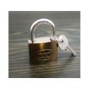 mayorista Jardin y Bricolage: Candado 30mm 3 llaves incluidas