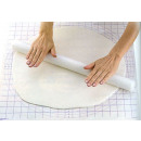 Non-sticky pastry roll for 32 cm cakes
