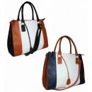 MULTI FB67  Handtasche mit der Hand über die Schult
