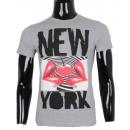 ingrosso Ingrosso Abbigliamento & Accessori: MAGLIETTA CON  STAMPA NEW YORK Man di LEEYO BM15