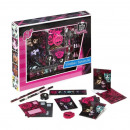 School set in a box, Monster High