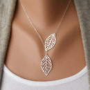 Necklace with leaf  pendants Fashionable chain